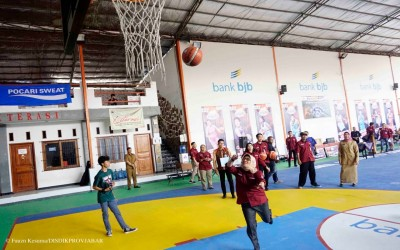 Peringati Haornas, SMAN 9 Bandung Gelar Kejuaraan Bola Basket Jenjang SMP